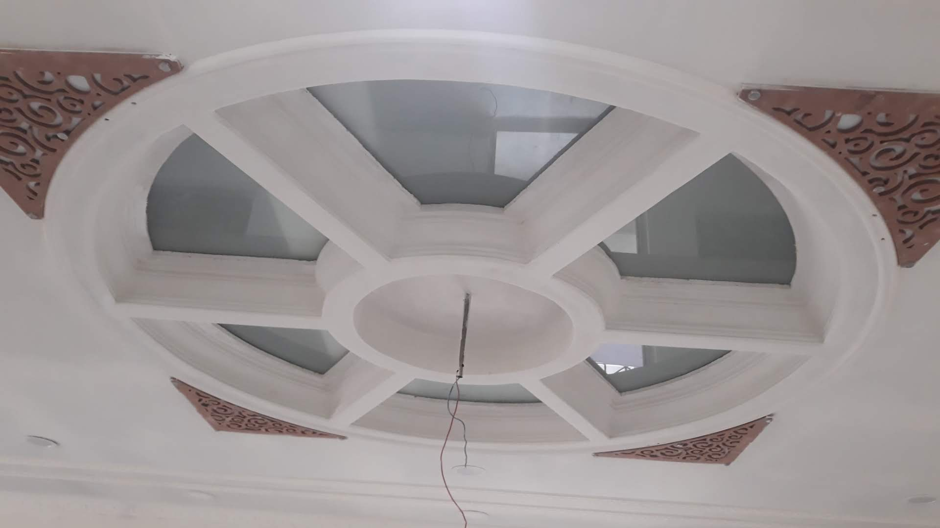 mdf jali ceiling design , drywall gypsum bod false ceiling , false ceiling , roof ceiling design , gypsum bod false ceiling design , heat prove false ceiling design,